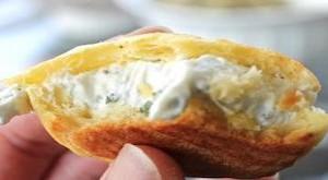 طريقة تحضير مربعات السمبوسة بالجبنة و الزعتر
