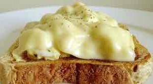 طريقة عمل توست البيض بالجبنة