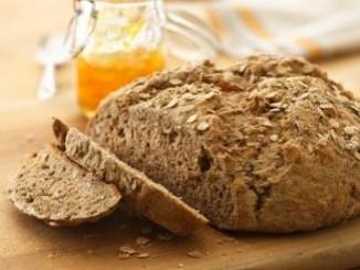 طريقة عمل وتحضير الخبز الأسمر للريجيم