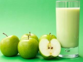 طريقة عمل وتحضير عصير تفاح بالحليب