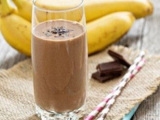 طريقة عمل وتحضير عصير الموز بالشوكولاته