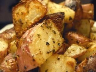 طريقة عمل وتحضير البطاطس المشوية