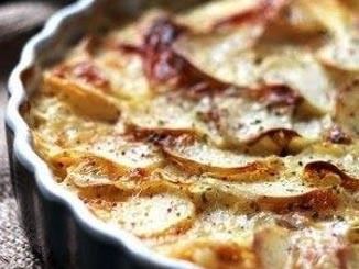 طريقة عمل طاجن البطاطس بالجبنه والبصل