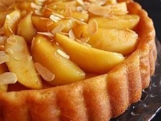 طريقة عمل وتحضير كيكة التفاح بالكراميل والقرفة